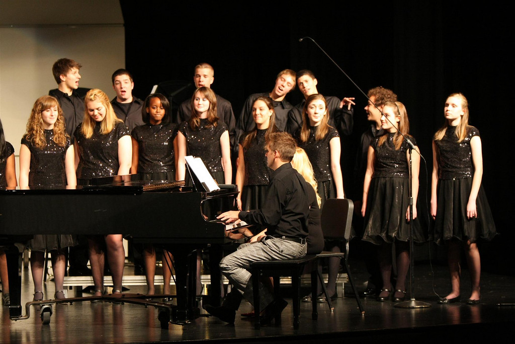 WHS Vocal Jazz 2009-10-15 (27)