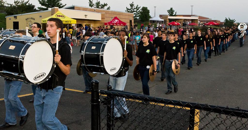 2011-09-10_[024]_WHS MB Pregame Show
