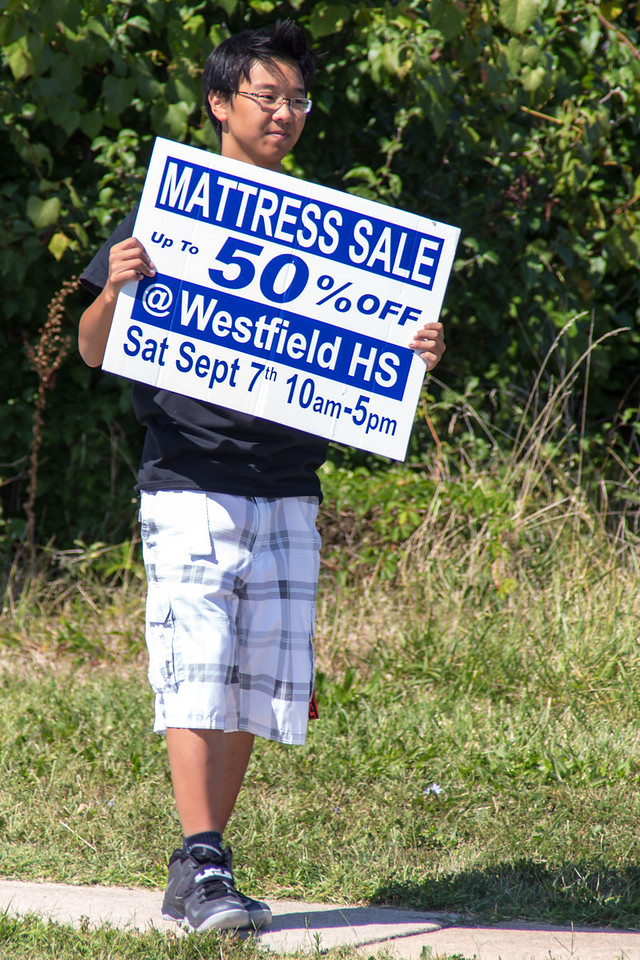 2013-09-07_[017]_WHS MB Mattress Sale