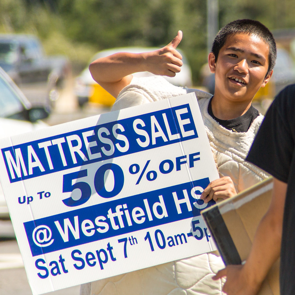2013-09-07_[085]_WHS MB Mattress Sale