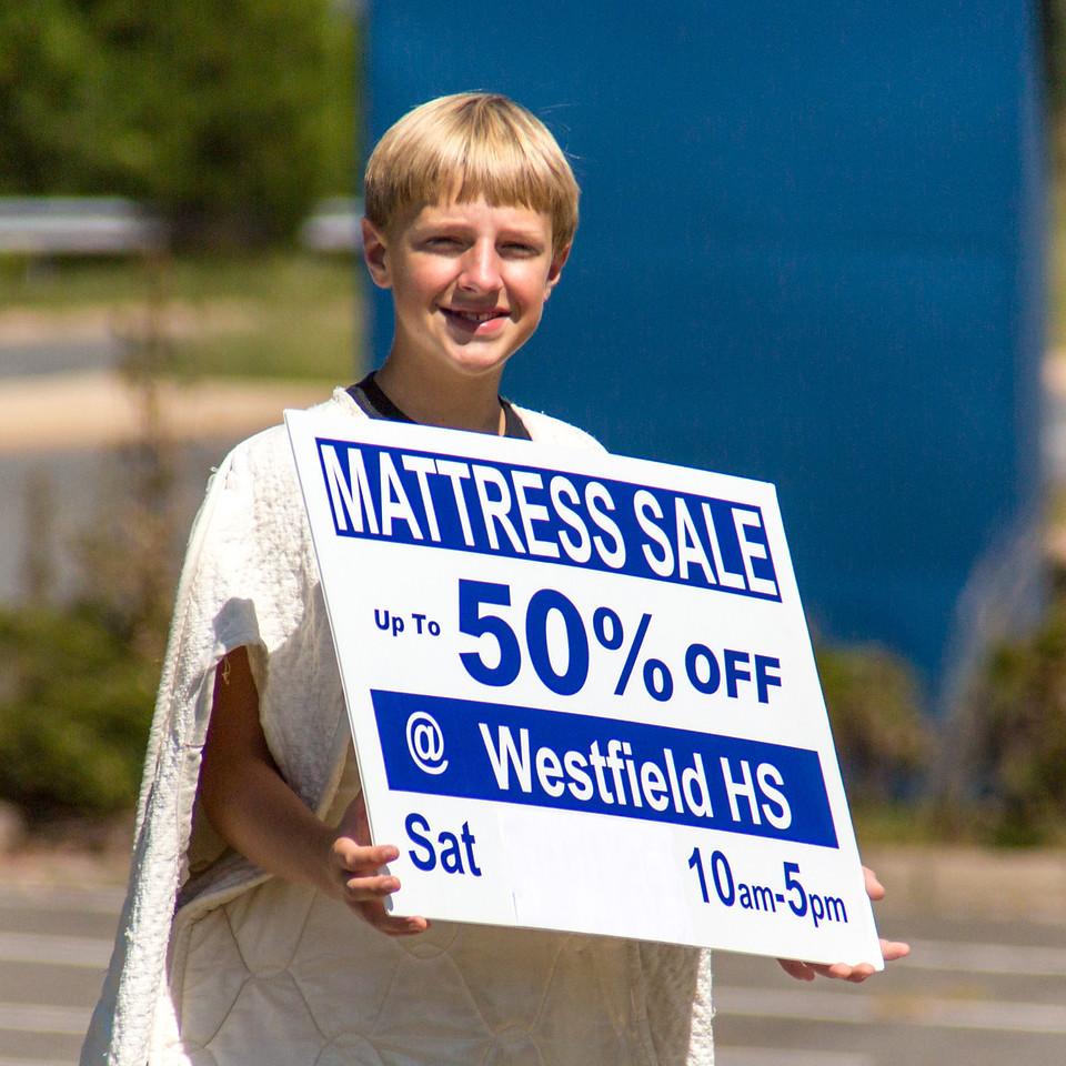 2013-09-07_[049]_WHS MB Mattress Sale
