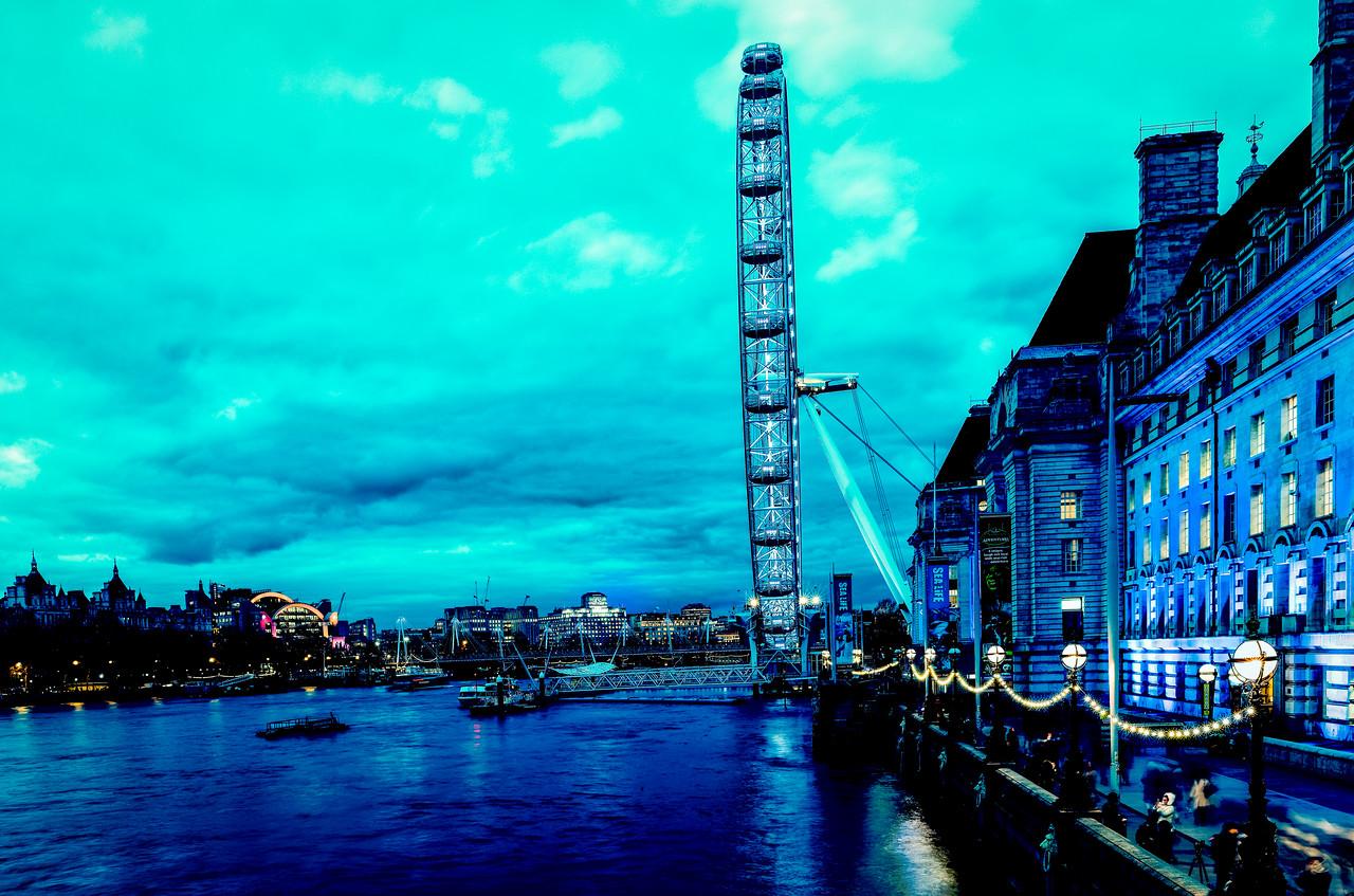 Low light London Eye Panorama