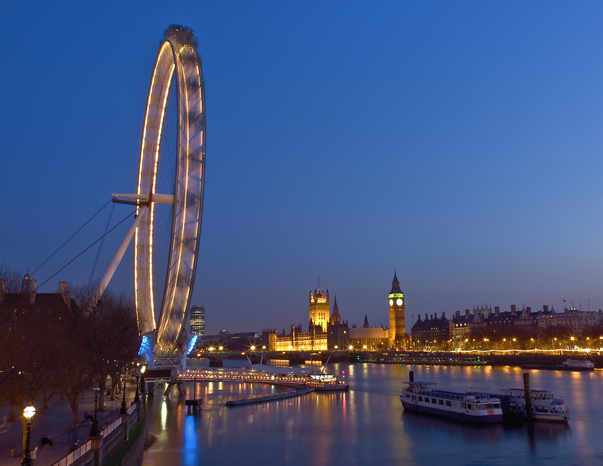 The London Eye and Parliament at Night
