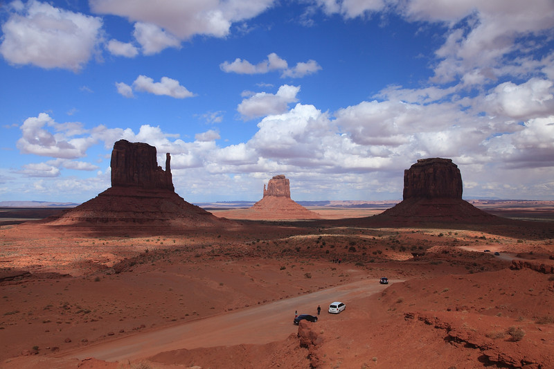 """""""The Mittens"""" - the left & right buttes"""