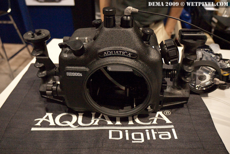 Aquatica AD300s housing for Nikon D300s. Note the fiber bulkhead.