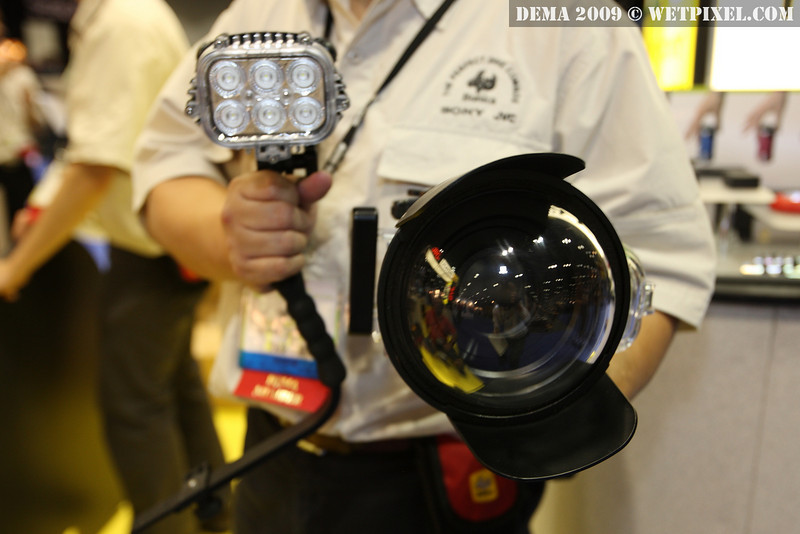 Bonica JVC Everio Dive Digital housing with dome port and LED video light