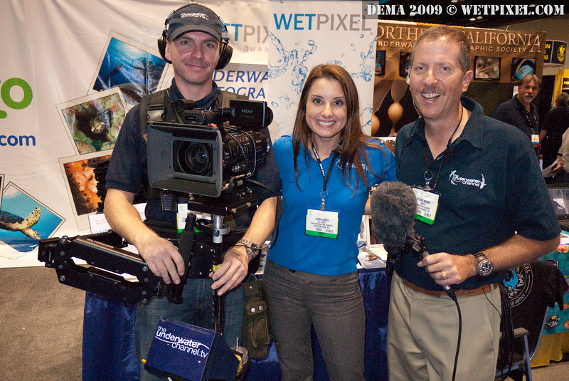 The Underwater Channel team comes by to interview Eric Cheng at the Wetpixel booth