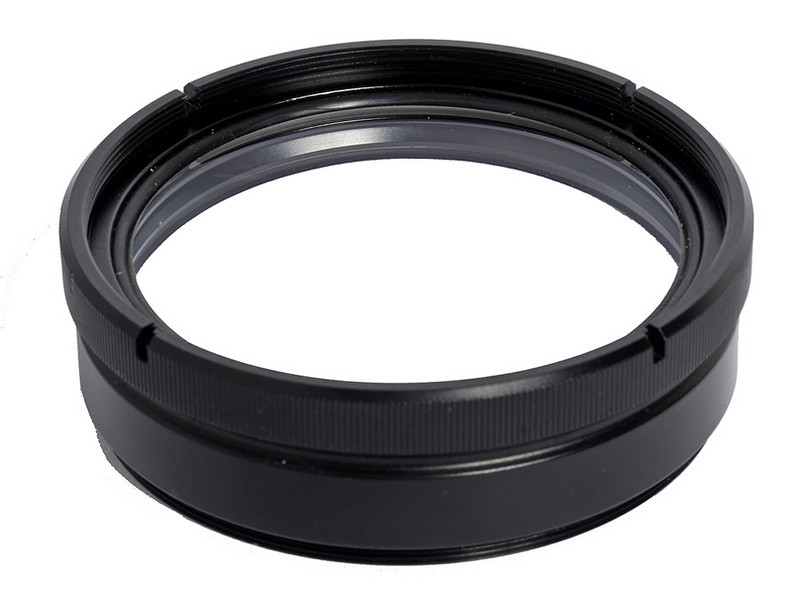 Fantasea SharpEye Lens M67 is an accessory macro lens which fits over the housing's port and can be installed and removed during the course of the dive.  For 67mm threaded ports.
