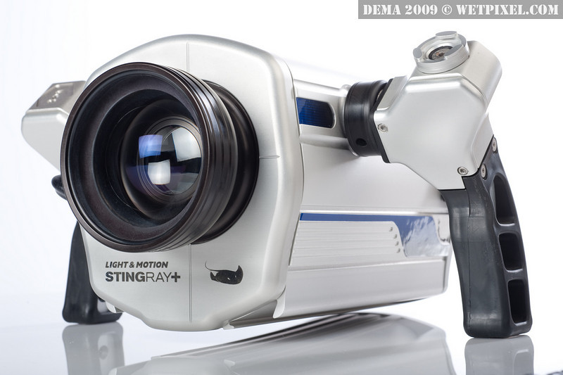 Light & Motion Stingray+, now with true one-touch white-balance