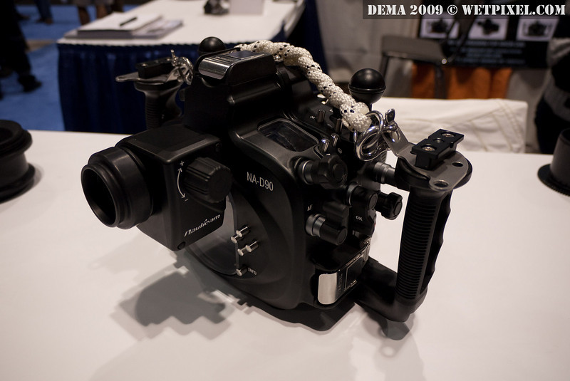 Nauticam NA-D90 housing with straight viewfinder attached