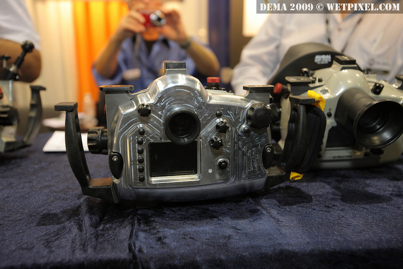 Subal underwater housing for Canon 7D. Prototype. Video button will be moved to be accessible near the right handle.