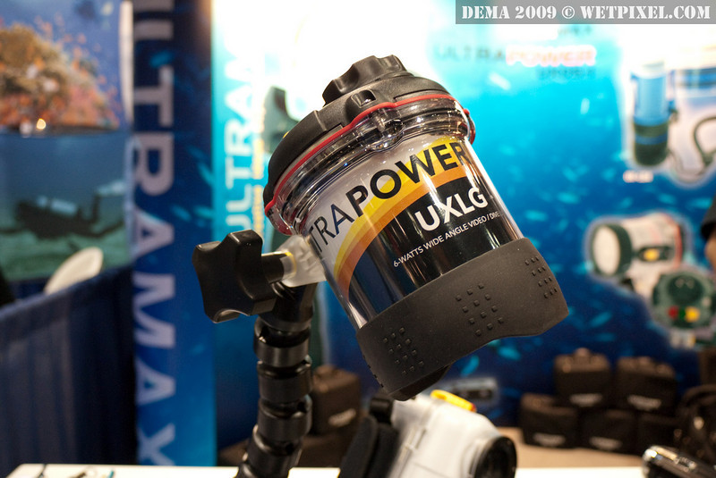 Ultramax UXLG-1 6-watt video light