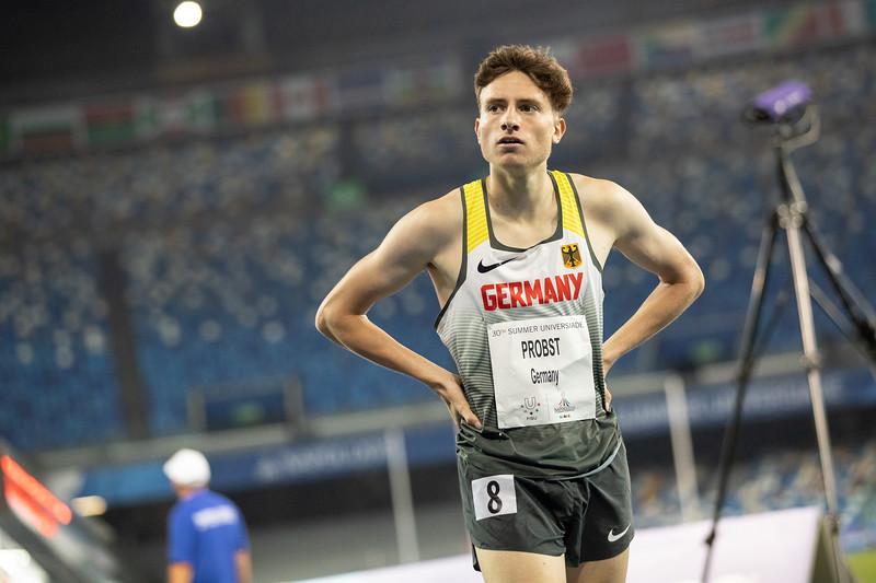 Bei der Universiade 2019 in Neapel zieht Mittelstreckler Marius Probst als Sieger seines Laufs ins Halbfinale über 1500 Meter ein. 8. Juli 2019 © Arndt Falter