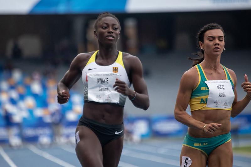 Bei der Universiade 2019 in Neapel erreichen die Sprinter Aleksandar Askovic, Jessica-Bianca Wessolly und Lisa Kwayie alle die Halbfinalläufe über 100 Meter. 8. Juli 2019 © Arndt Falter