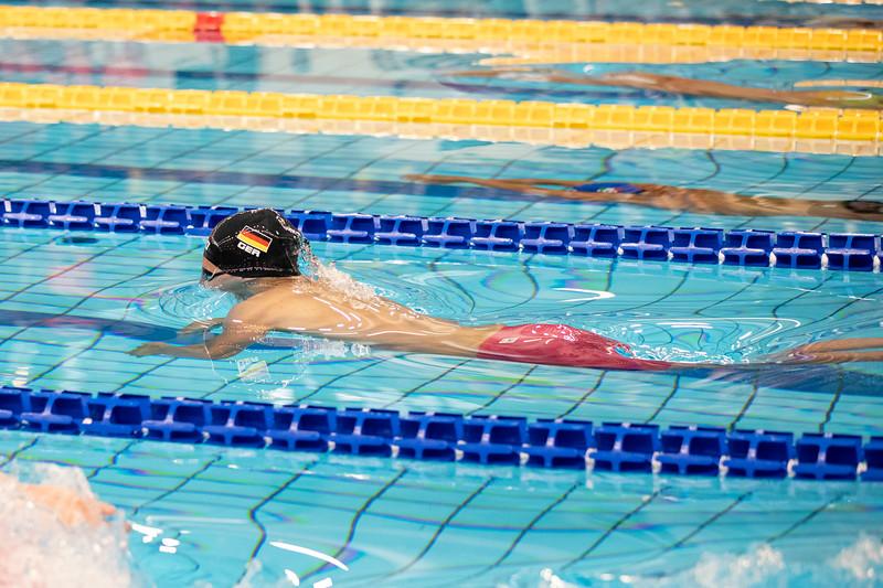 Schwimmen: Minuth im Finale