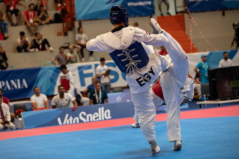 Taekwondoin Philipp Trzeciak erricht bei der Universiade 2019 in Neapel in der Gewichtsklasse unter 87 Kilogramm das Achtelfinale. 12. Juli 2019, © Arndt Falter