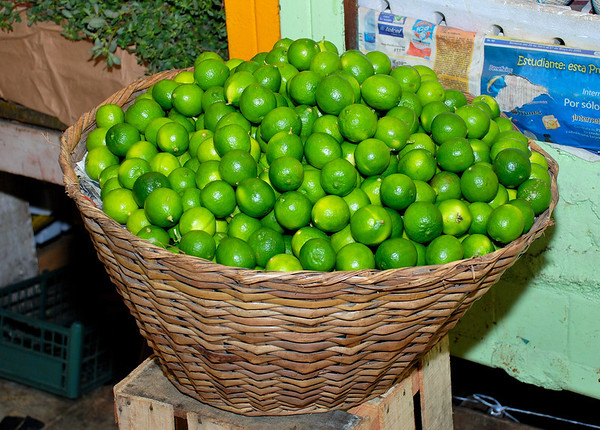 LOTS OF LIMES IN MEXICO