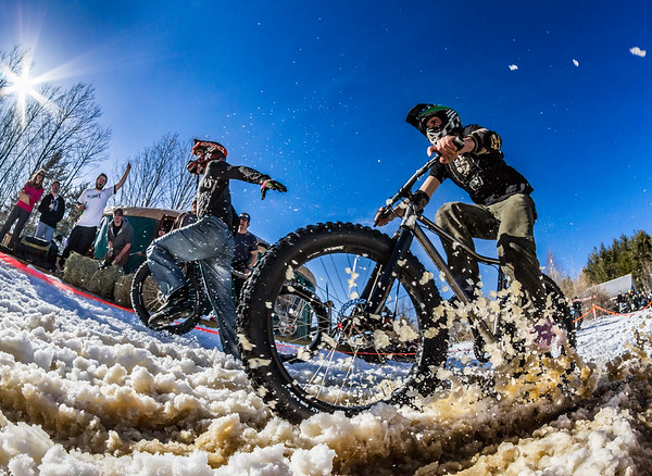 Fat Biking is a great way to get out and enjoy winter in New England, and this year's Überwintern Fatbike Festival (https://bit.ly/2LAjBEl) in Stowe should be epic. I shot this at the inaugural event in 2013 in Burke, VT. #winterismyjam #fatbiking #uberwintern #embracewinter #vermontphotographer #myvermontlife #burkevt #mynewengland #govermont