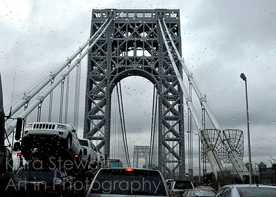 Wednesday, November 23, 2011  Thanksgiving Traffic in the Rain  We were on the road, apparently with all other residents of the US, the day before Thanksgiving. I think most of those residents ended up on the George Washington Bridge into NYC.  It was backed up for miles.  Edit: It's not selective color - it's in full color. The day was just that gray and rainy!