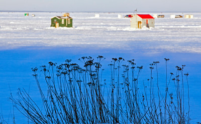 Ice Houses Lake Mille Lacs MN_0010