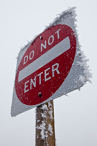 Fog Ice Do Not Enter Sign Post_9145