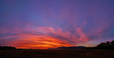 Sunrise at Ellejoy pano