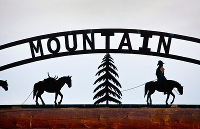 Front Gate Dome Mountain Ranch Emigrant MT_9227