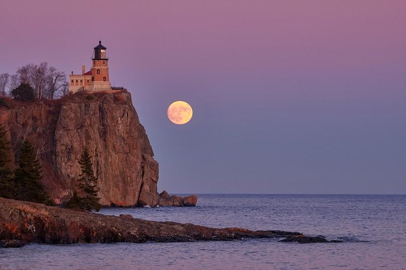 Moon Rising, Standing Tall #15