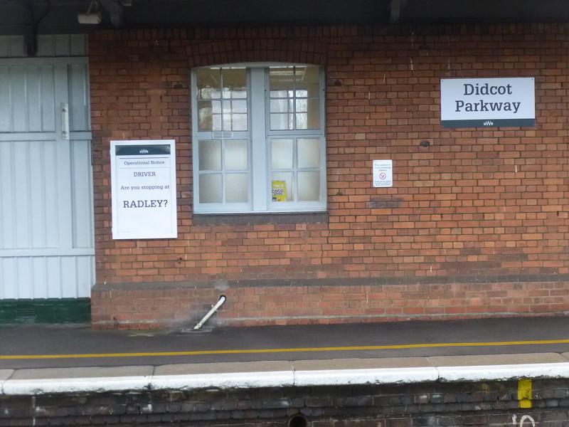 Sign at Didcot platform 3