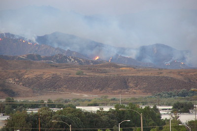 Fire 10/26/03 26 miles of burning mountains, what a wreck.....  Flames coming towards Santa Clarita.