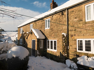 cottage in snow (2)