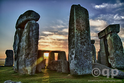 STONEHENGE AT DAWN
