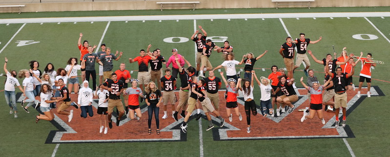 Wheelersburg Seniors at Meet the Team 2017