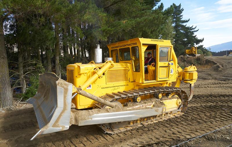 IH Bulldozer  9298