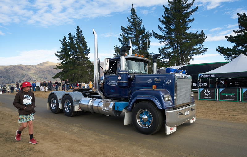 Mack Truck 9254