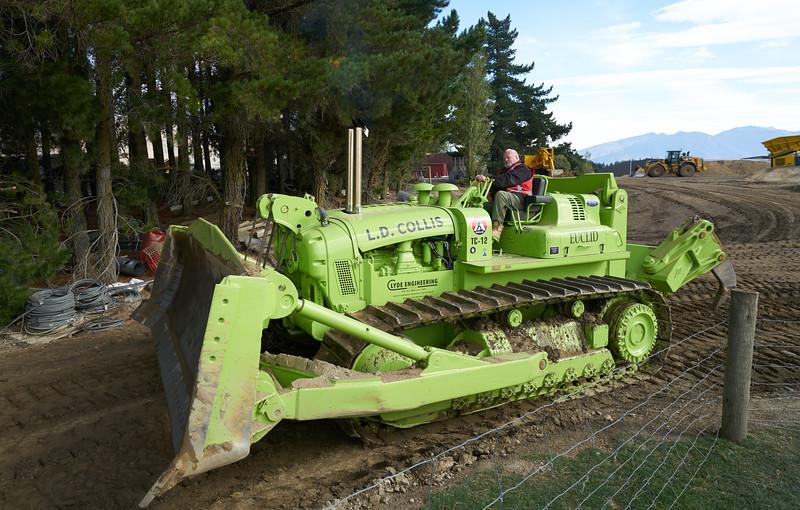 TC12 Bulldozer 9305