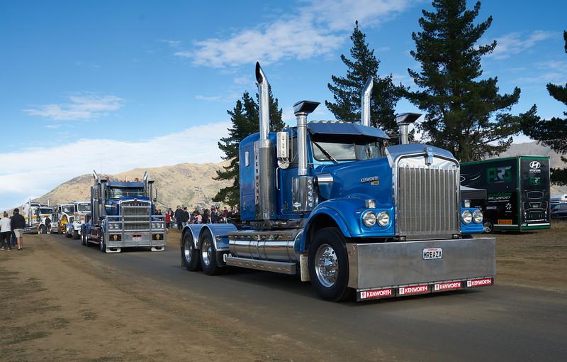 Mack Truck 9266