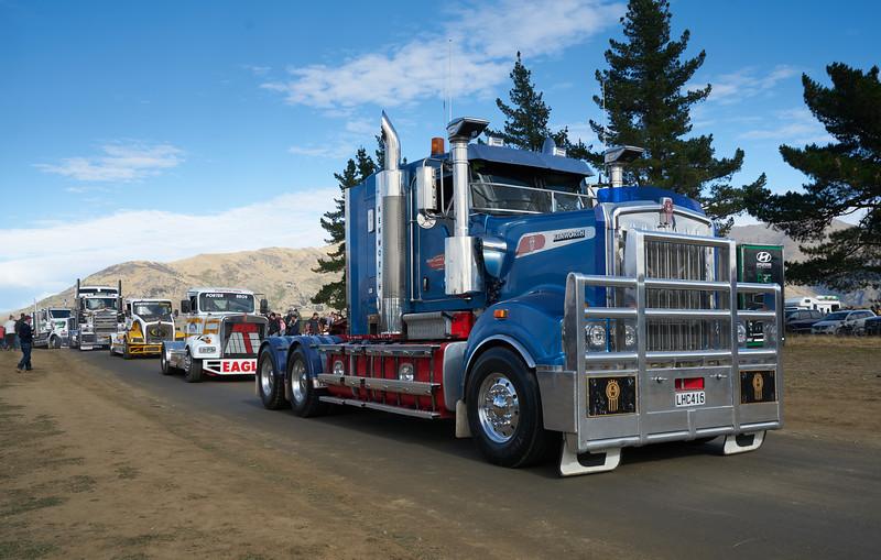 Mack Truck 9267