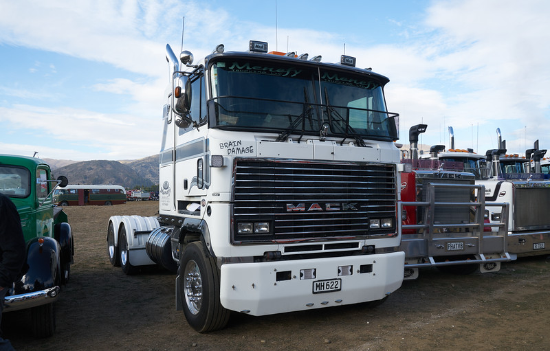 Mack Truck 9274