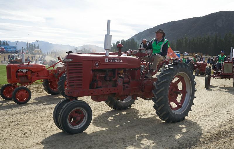 Farmall M 9312
