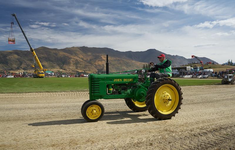 John Deere Tractor 9321