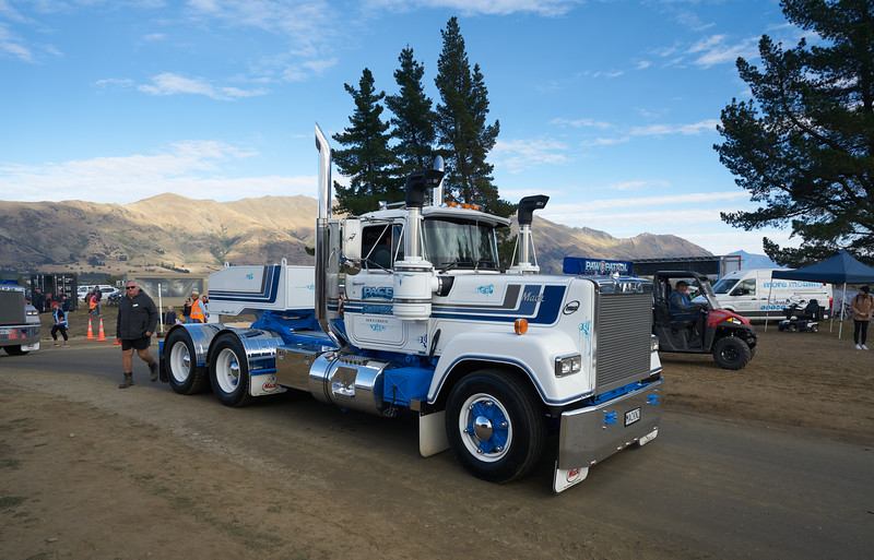 Mack Truck 925