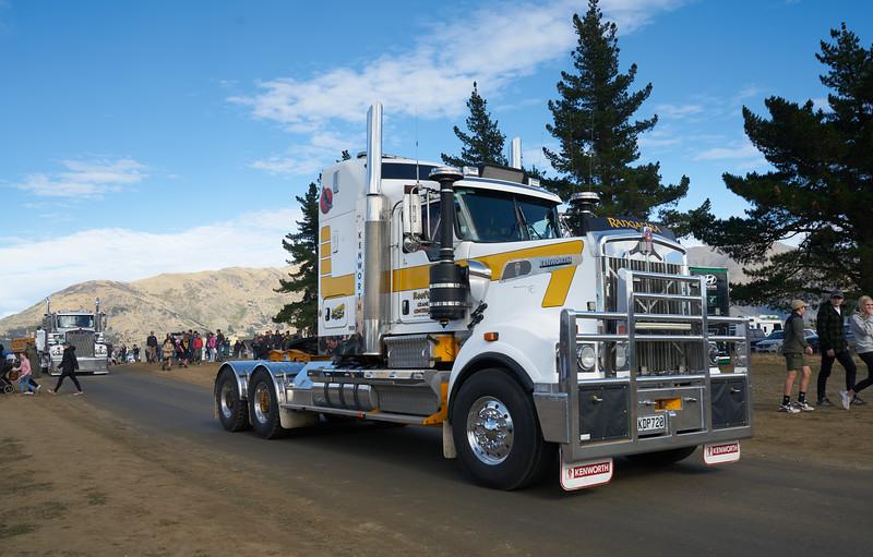 Mack Truck 9269