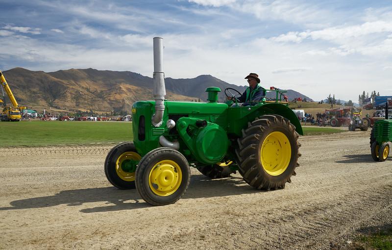 John Deere Tractor 9319
