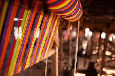 Colours of weaving