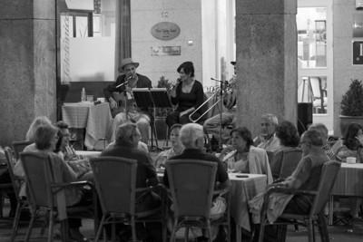 Live music, Plaza Mayor, Segovia