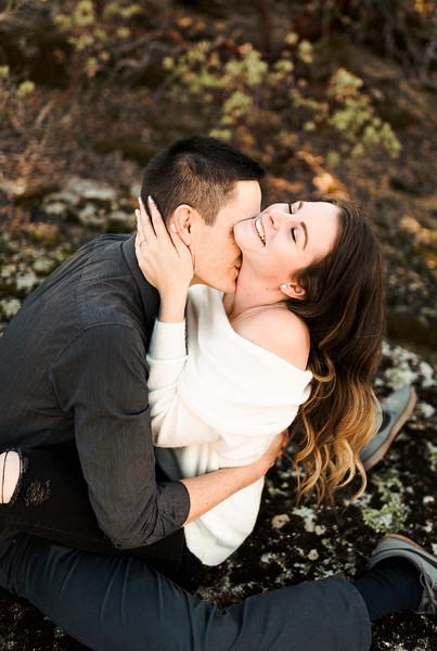 Alexandria Vail Photography Shaver Lake Engagement Mat + Deanna180