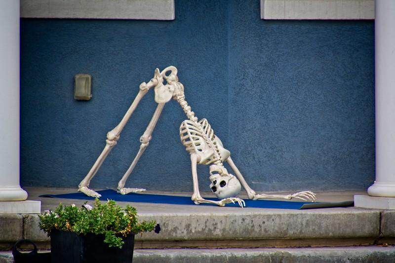 Yes, Yoga can help you lose weight. In Daybreak, South Jordan, Utah