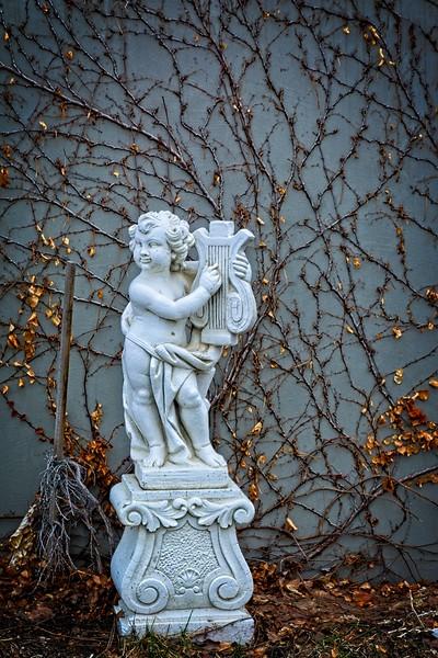 SRf2002_1924_Statue