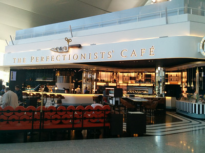 The Perfectionist' Cafe
